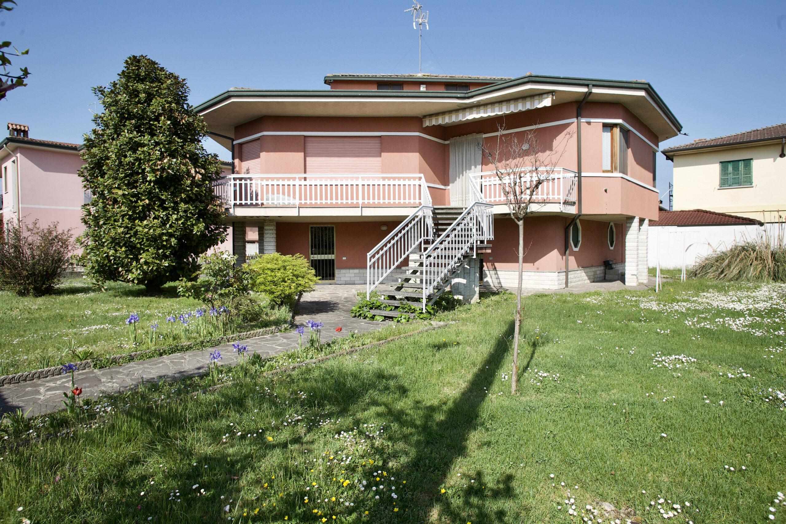 Villa singola a Mozzanica