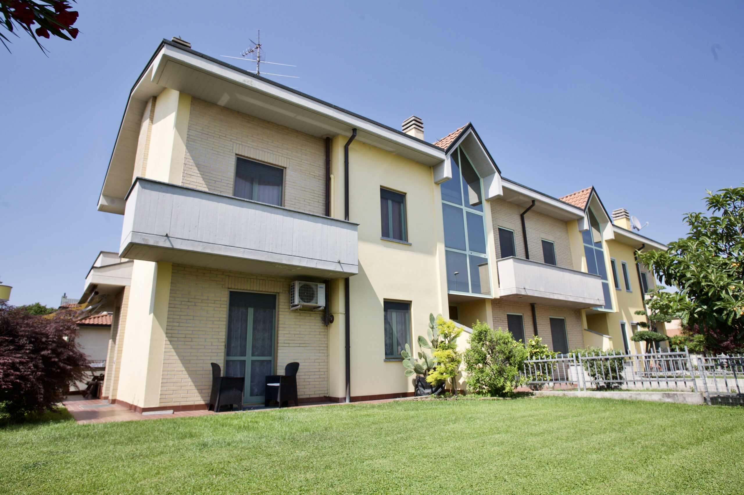Villa laterale a Casirate D'Adda